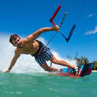 Ewan Jaspen Kitesurfing
