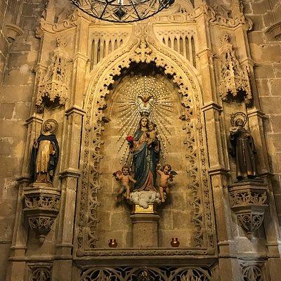 Zijkapel gewijd aan Maria