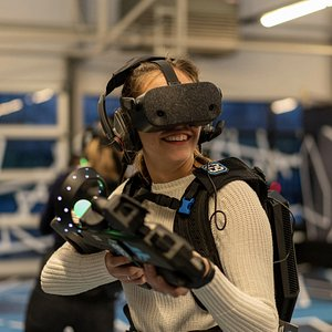 Enjoy the mindblowing experience that VR is!