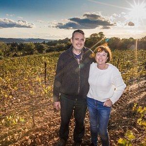 Valérie, oenologue et vigneronne, et son mari Michel vigneron et oléiculteur