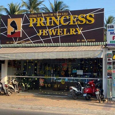 Экстерьер магазина Princess Jewelry 16 Nguyen Dinh Chieu, HAM TIEN