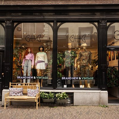BLACKFISH Brand New & Vintage storefront