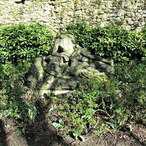 Les deux sculptures