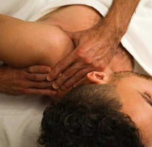A good weekend starts with a positive attitude and a great massage. Book yours today.