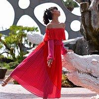 """ Let's Dance Around"" . FlowerLand Pattaya : ฟลาวเวอร์แลนด์ พัทยา A new landmark in Pattaya"
