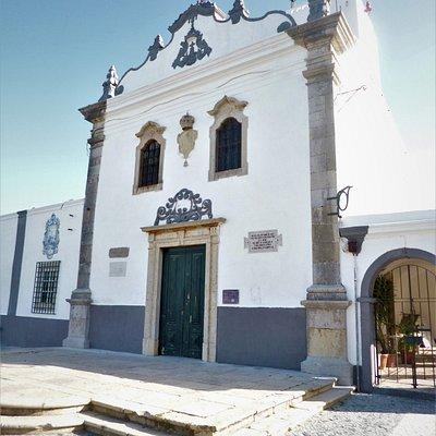 """The baroque façade of """"Ermida de Santo António do Alto"""" in Faro."""