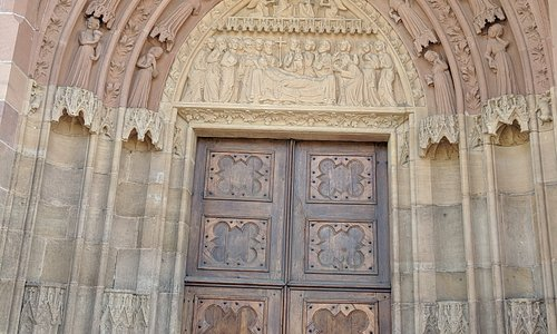 Beautiful front entrance, the best part of this church