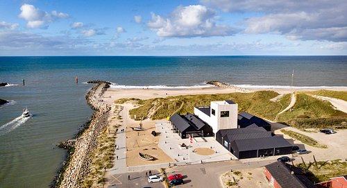 Strandingsmuseum St. George beliggende i den skønne natur ved indsejlingen til Thorsminde.
