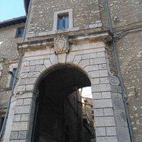 Porta dei Santi