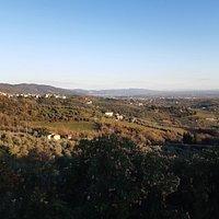 veduta panoramica collinare con la Pianura di Lucca