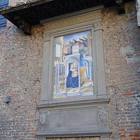 Memorial plaque and fresco by Alessandro Tumè for Masaccio. Centro Storico, San Giovanni Valdarno