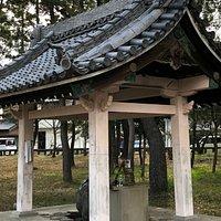 豊石神社の境内