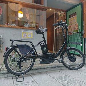 店頭と電動自転車