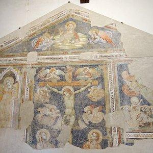 Chiesa di San Cristoforo, Corona
