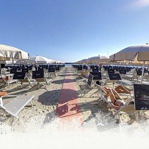 Benvenuti al mare da noi, a Playa del Sol, la tua spiaggia a Bellaria Igea Marina.