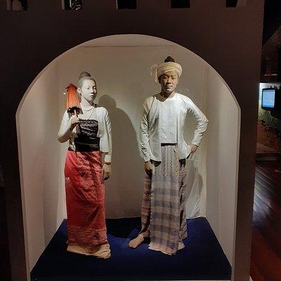 Costumes traditionnels de Lanna