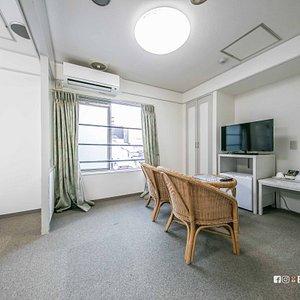 Livng room.