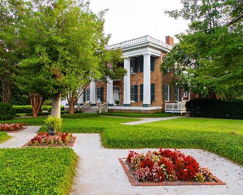 The Battle-Friedman House and Gardens