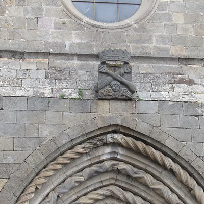 Particolare sul portale