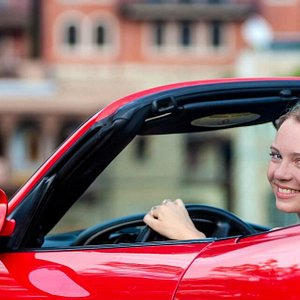 Naniko Rent A Car in Baku