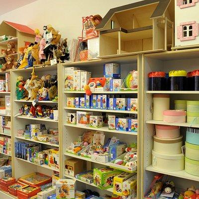 Negozio specializzato in giocattoli e articoli regalo