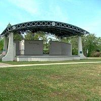 Heritage Park - Ronnie & Gardner Kole Stage