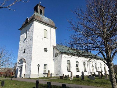 Värö Kyrka i Väröbacka