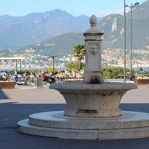 Fontana di Piazza Mercato