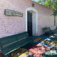 Biblioteca Popular Lugones de Piedra Blanca: Merlo, Provincia de San Luis- Argentina 2020.