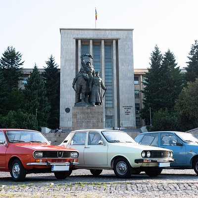 The ultimate city driving tour where you rock the city in a convoy of beautifully restored 80's Dacia cars !