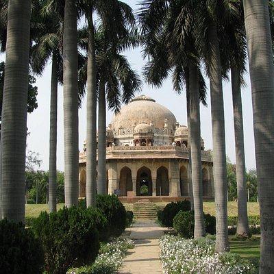 Muhammad Shah's tomb
