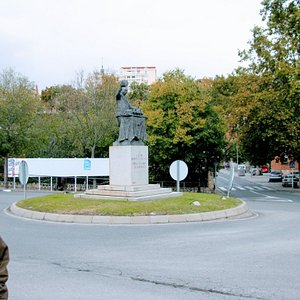 Entrance to city