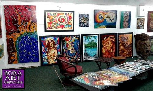 Une collection 100% locale unique et variées d'œuvres originales et de reproductions pour tous les goûts et tous les prix !