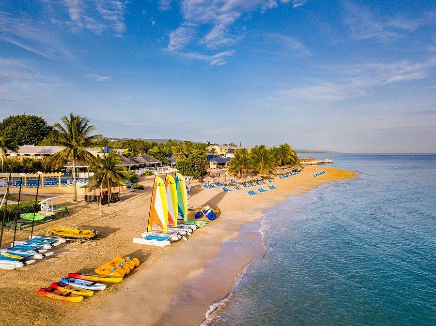 Jamaica Beaches: 10Best Beach Reviews
