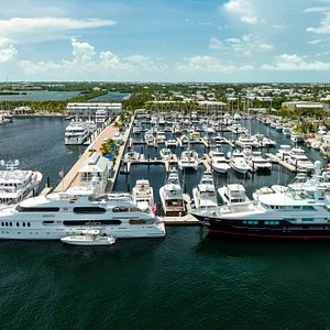 One of a kind destination can accommodate vessels up to 450' with onsite fuel dock, award-winning hotel, 3 dockside restaurants, event lawn, onsite distillery, 3-wheel electric vehicle Key West Arcimoto rentals, artist enclave, 2 dog parks, 2 waterfront pools, and more!