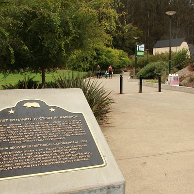 The historic plaque at the entrance to Glen Canyon Park - here there is an community building, park services and public washrooms with a water fountain.