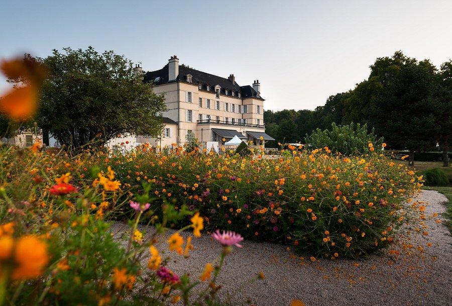 Cauta? i Housewife Chateau Thierry