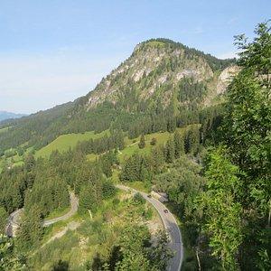 """Вид со смотровой площадки на """"Немецкой Альпийской дороге"""""""