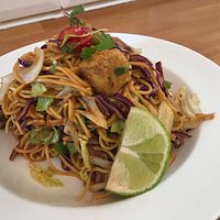 Mondthi/ Mandalay Chicken Noodles