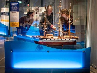 Mange flotte skipsmodeller i utstillingene.