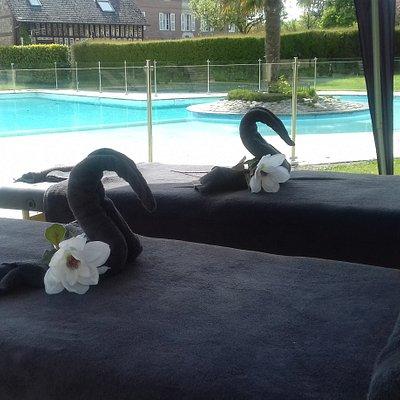 Massages en duo à l'extérieur? A votre domicile ou sur votre lieu de vacance, c'est possible!