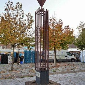 Monument Bevrijde Vogel