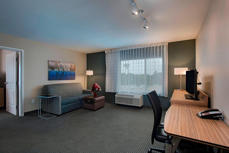 Towneplace Suites By Marriott Lake, Lake Charles Furniture