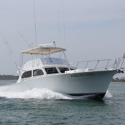 Charter boat Kelley Girl 52' long. It is equipped with all modern electronics and lifesaving equipment. She has a restroom, bunks and a galley. Airconditioned for your comfort. Kelley Girl can carry up to 20 passengers.