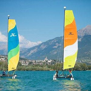 Sortie en catamaran sur le lac de Serre Ponçon