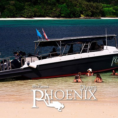 our new restyled boat with 3 engines and a comfy sundeck: the best diving boat of Koh Lanta