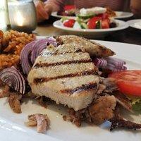 Hermes-Teller (Mittagstisch) mit Reis
