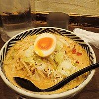 """看板メニューの""""こまち""""。麺の太さ・スープの美味しさなどほぼ私の好みとして満点ですね。"""