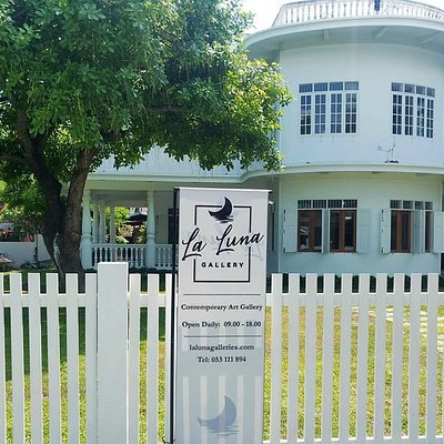 La Luna Gallery is based in a beautiful colonial house right in the centre of Chiang Mai.