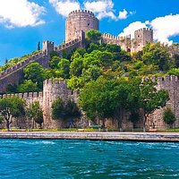Rumeli Fortress Museum by Cem Akat.